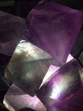 natural-crystal-forms-fluorite-octohedrons-c